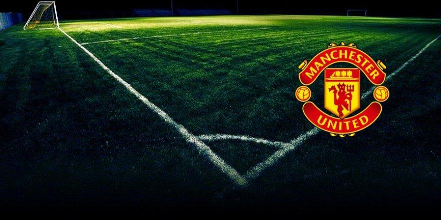 Manchester United sahasında puan kaybetti