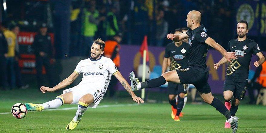 Osmanlıspor ile Fenerbahçe berabere kaldı