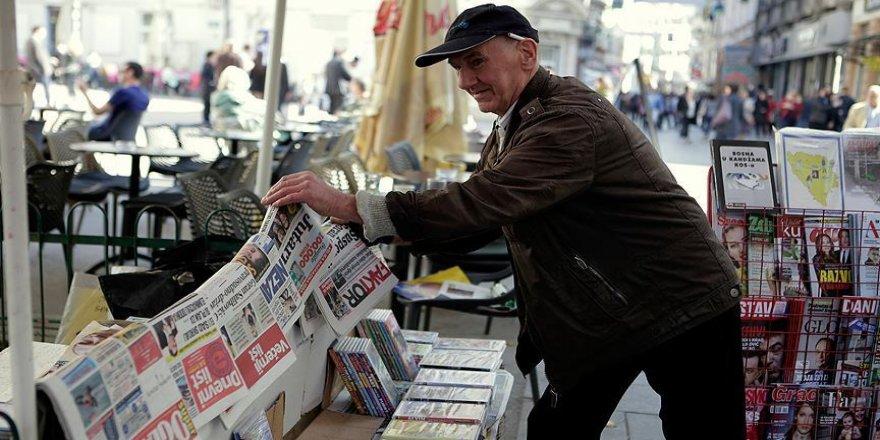 Gazete tezgahları savaştan beri ayakta