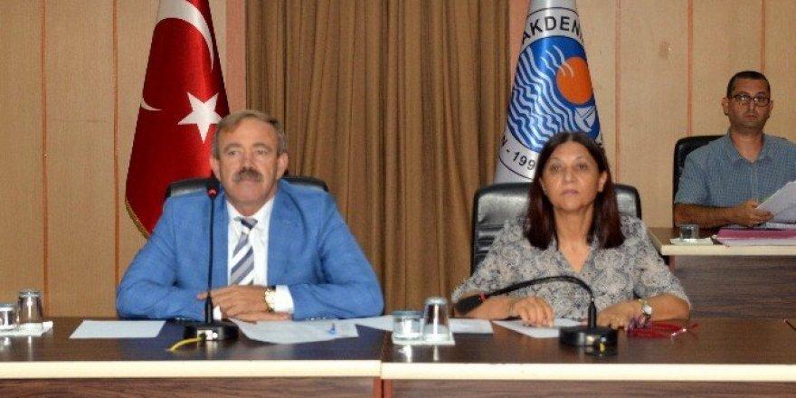 Akdeniz Belediyesi 2017 yılı bütçesi mecliste görüşülmeye başlandı