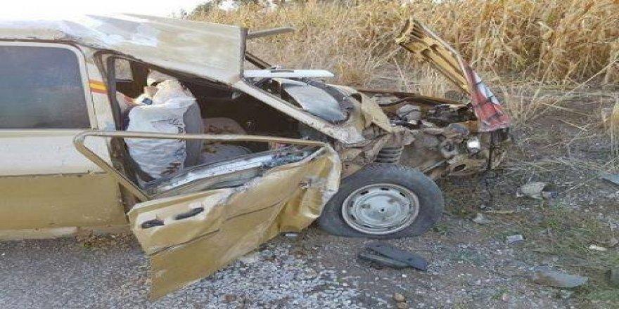 İki otomobil çarpıştı: 4'ü çocuk 8 yaralı