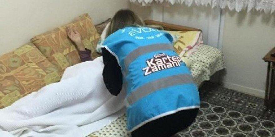 'Alo Evlat Hattı' ihtiyaç sahiplerine yardım eli uzatıyor