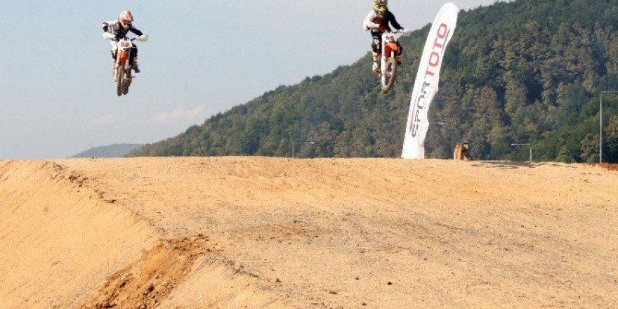 Türkiye Motokros 5. Ayak yarışları hafta sonu Düzce'de yapılacak