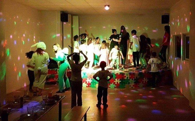 Aydınlı Beşiktaşlılar çocukların gününü kutladı