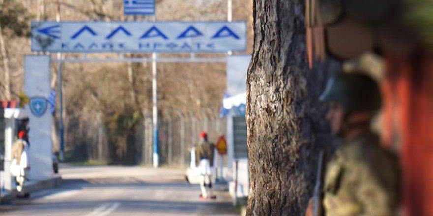 Yunanistan'a FETÖ mensubu oldukları tahmin edilen 5 Türk daha kaçtı