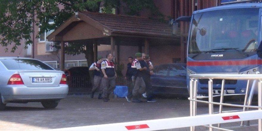 Bartın'da FETÖ şüphelilerinin yargılanması başladı