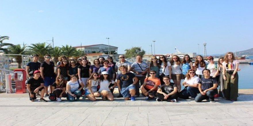 Lise öğrencilerinden Avrupa turu