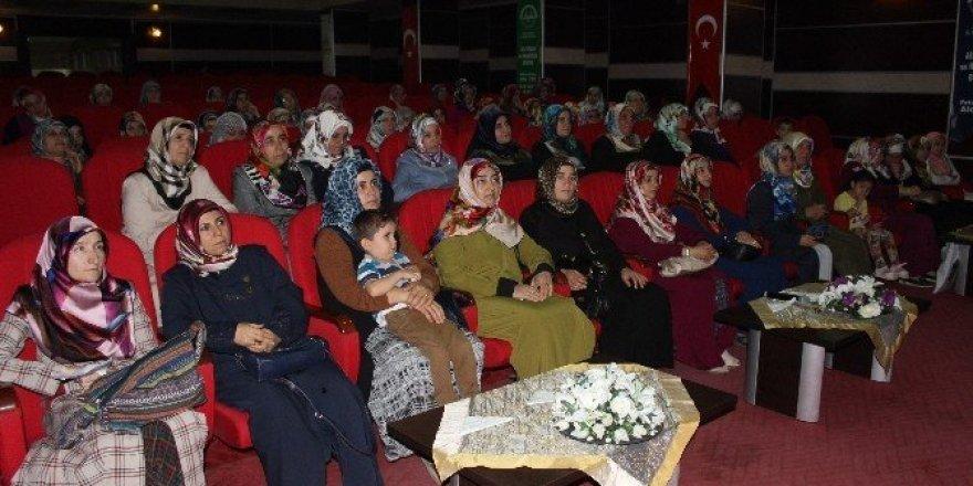 Müftülükten kadınlara yönelik panel