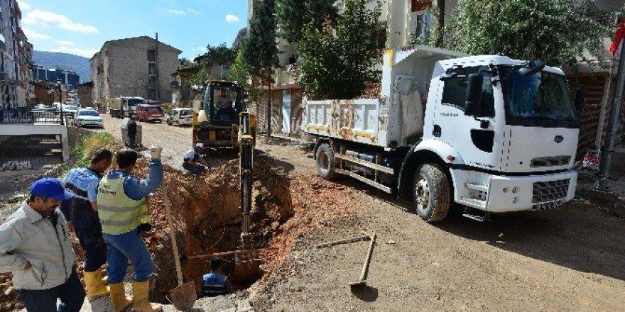 6 evin istimlak edilerek yıkıldığı yolda çalışma başlatıldı