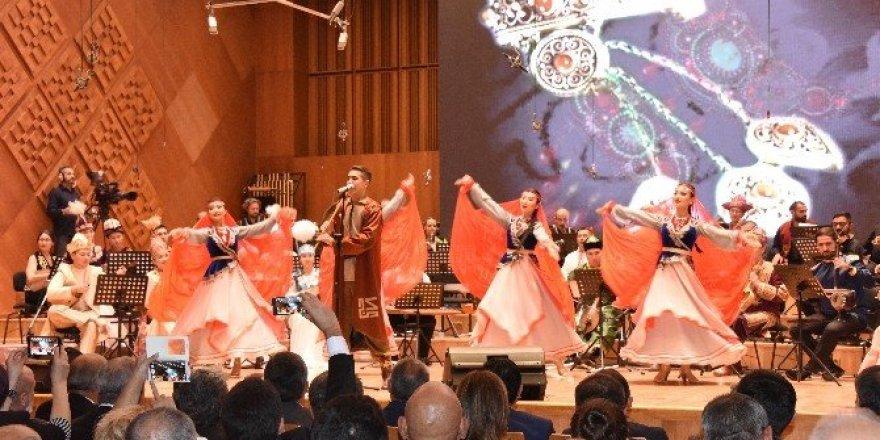 Çeyrek asırlık bağımsızlık, Ankara'da coşkuyla kutlandı