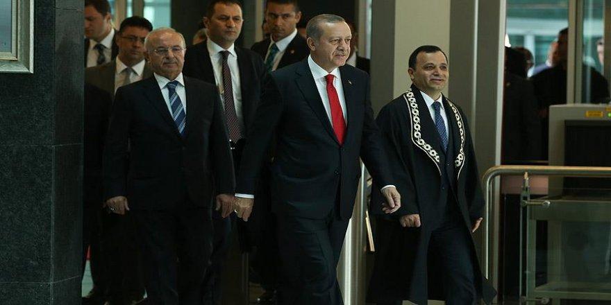 'Türkiye'de demokratik anayasal rejimin koruyucusu millettir'