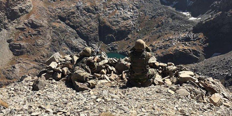 Hakkari'de 4 terörist ölü ele geçirildi