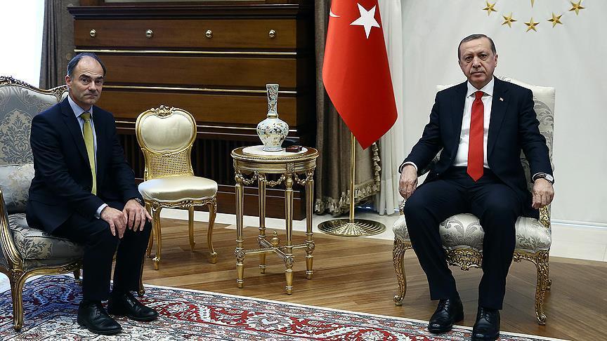 Erdoğan, Rolls-Royce CEO'su East'i kabul etti