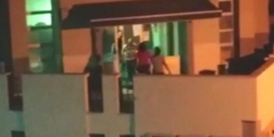 İzmir'de müezzini darp eden kadın serbest bırakıldı