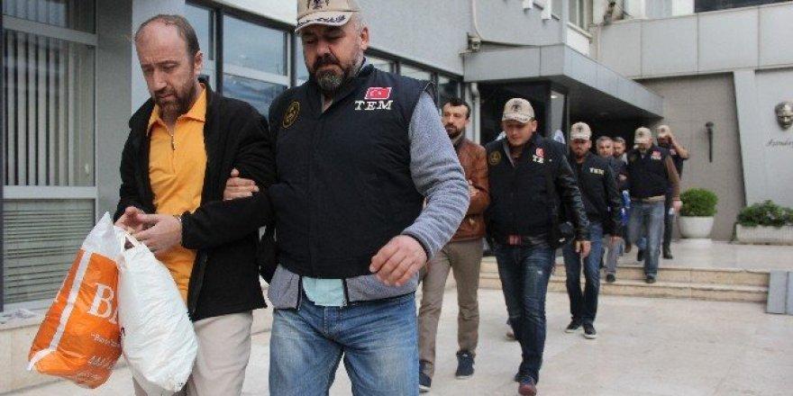 Bursa'da 3 ayrı FETÖ operasyonu 22 gözaltı