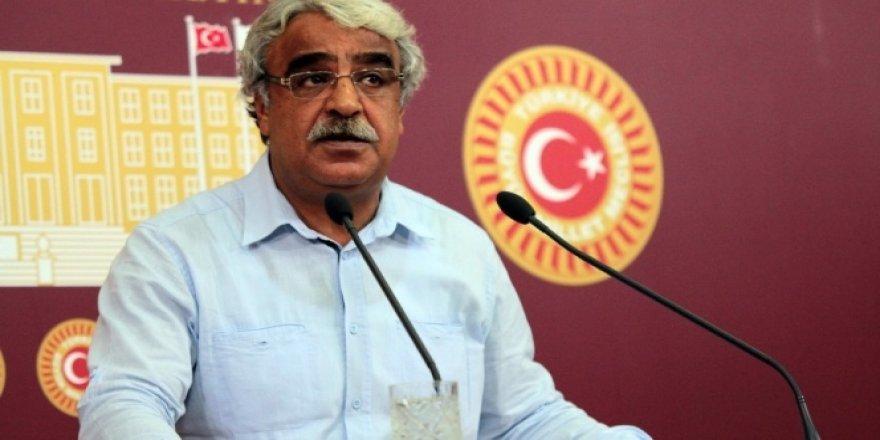 HDP tam gün eğitime de karşı!