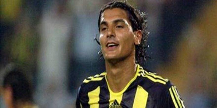 Eski Fenerbahçeli futbolcu Önder Turacı bıçaklandı