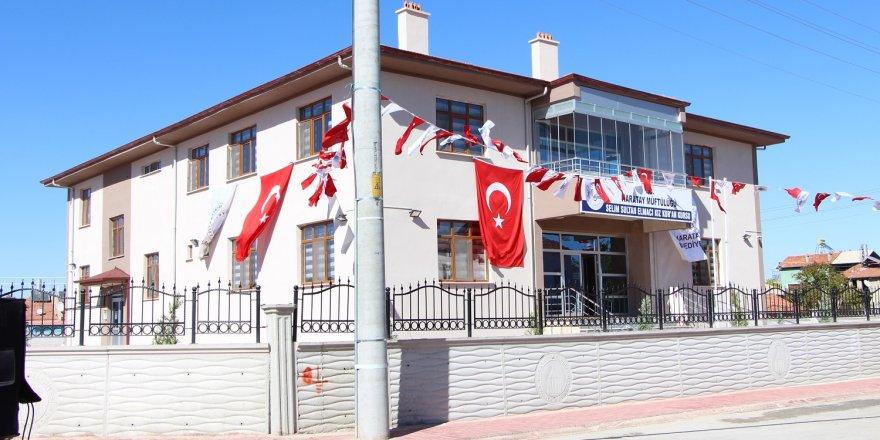 Selim Sultan Elmacı Kız Kuran Kursu dualarla açıldı