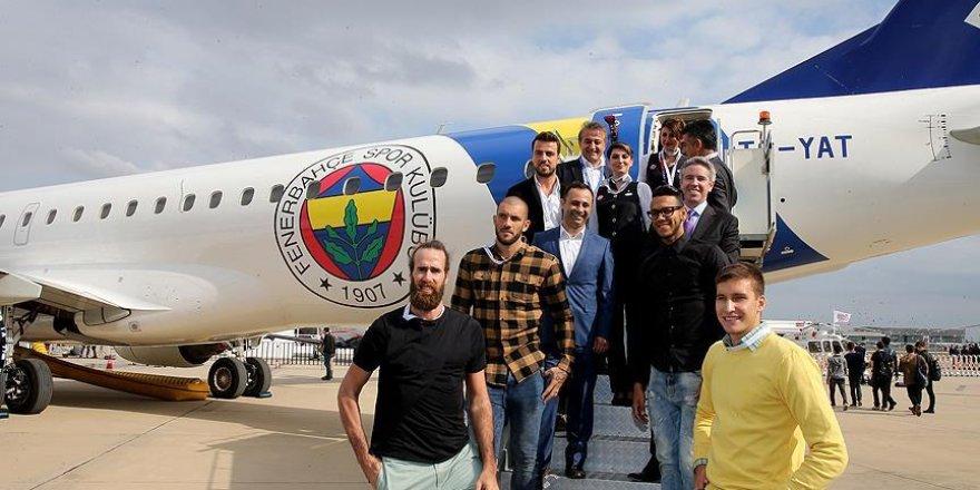 Fenerbahçeli sporcular İstanbul Airshow Fuarı'nda