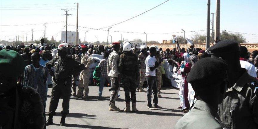 Nijer'de kapma saldırı: 20 ölü