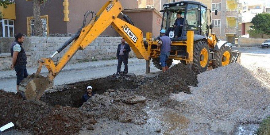 Muş Belediyesinden su ve kanalizasyon çalışması