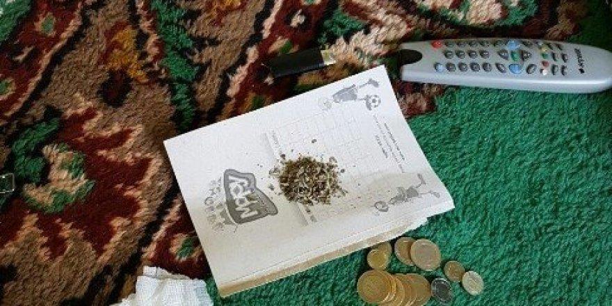 Anne ve biri üvey iki oğluna uyuşturucu baskını