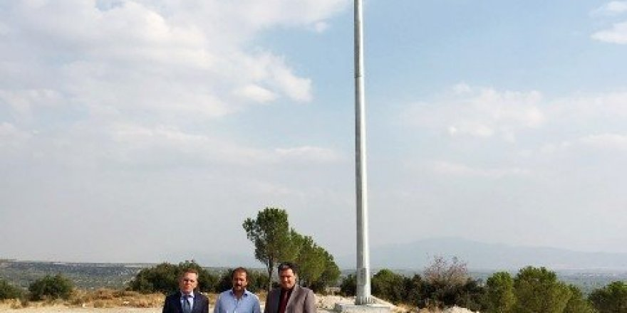 Saruhanlı Ovası'na dev Türk Bayrağı