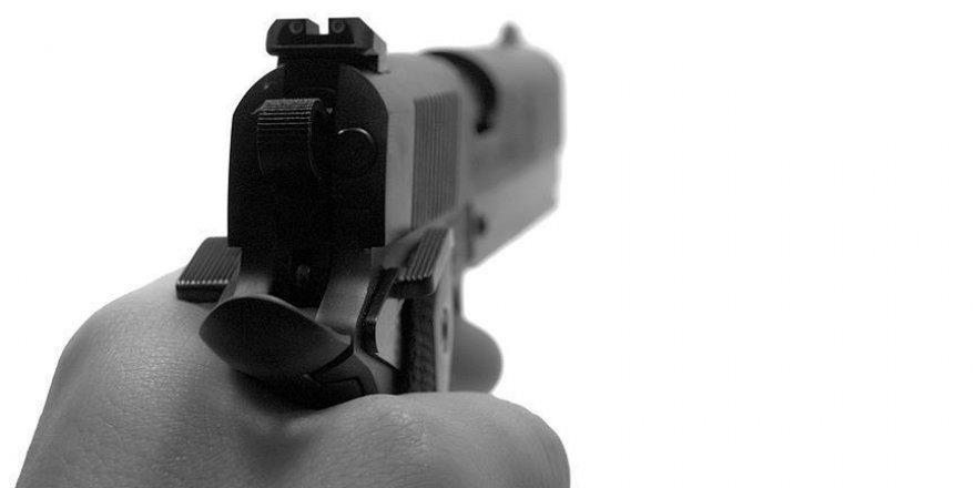 14 yaşındaki çocuk 13 yaşındaki kız kardeşini silahla öldürdü