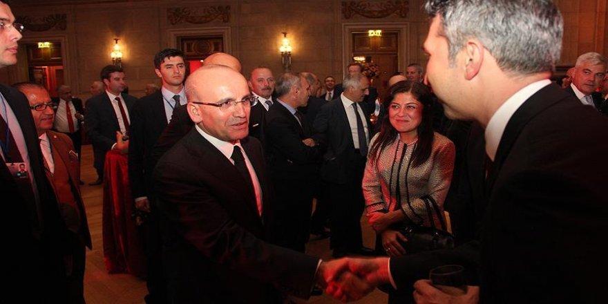 Başbakan Yardımcısı Şimşek yabancı yatırımcılarla bir araya geldi