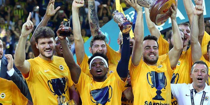 Fenerbahçe basketbolda sezona kupayla başlıyor