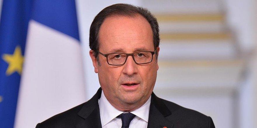 Hollande'dan Suriye tasarısı açıklaması