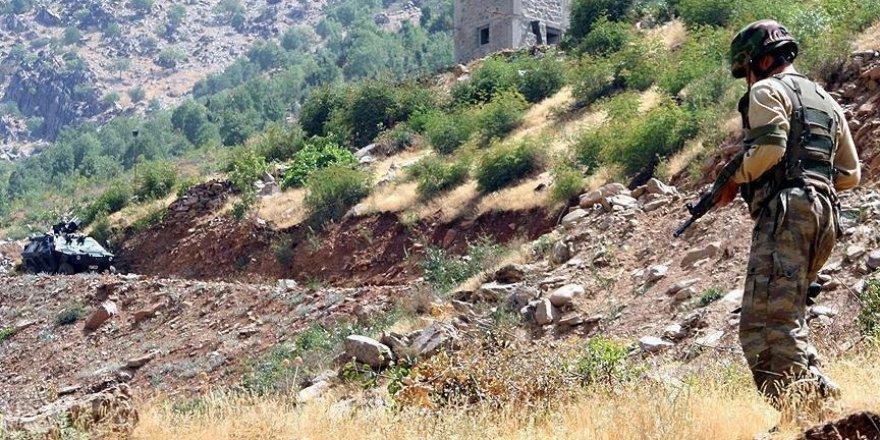 Çukurca'da 8 terörist etkisiz hale getirildi