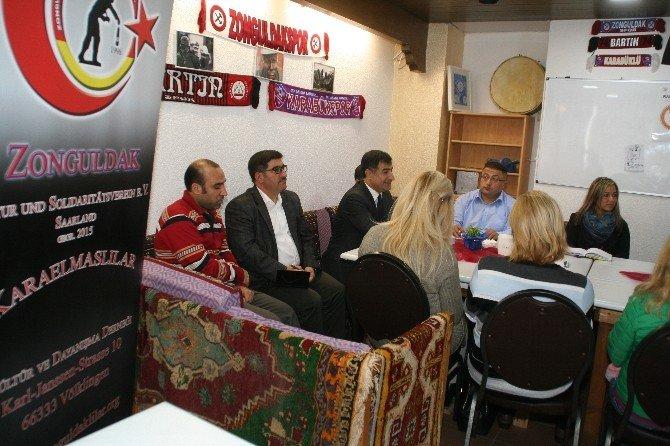 Almanya Karaelmaslılar Derneği, Türk eğitimcileri bir araya getirdi
