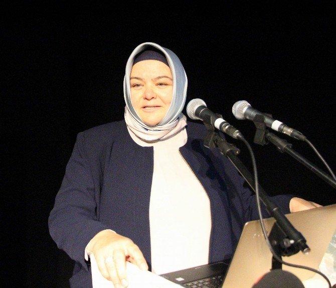 Cumhurbaşkanlığı Başdanışmanı Gürcan, Siyaset Akademisi'ne konuk oldu