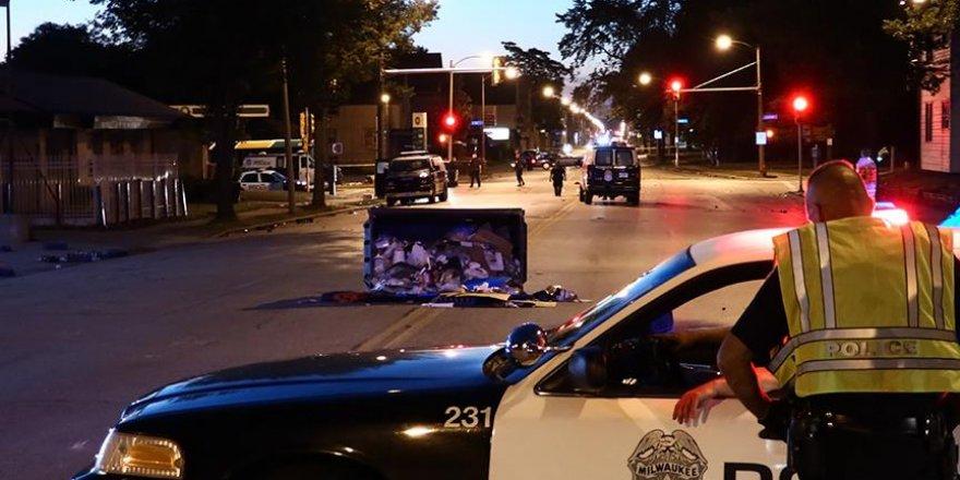 Chicago'daki şiddet olaylarında 3 kişi öldü, 26 kişi yaralandı