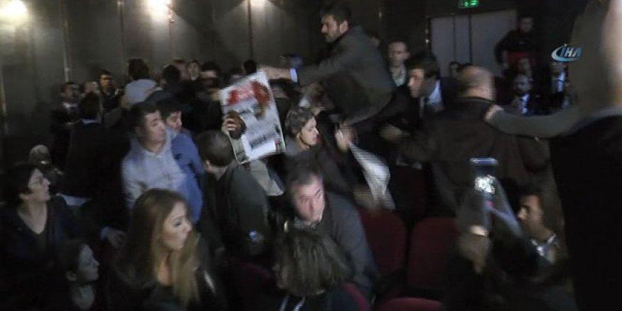Kılıçdaroğlu'nun katıldığı toplantıda protesto şoku