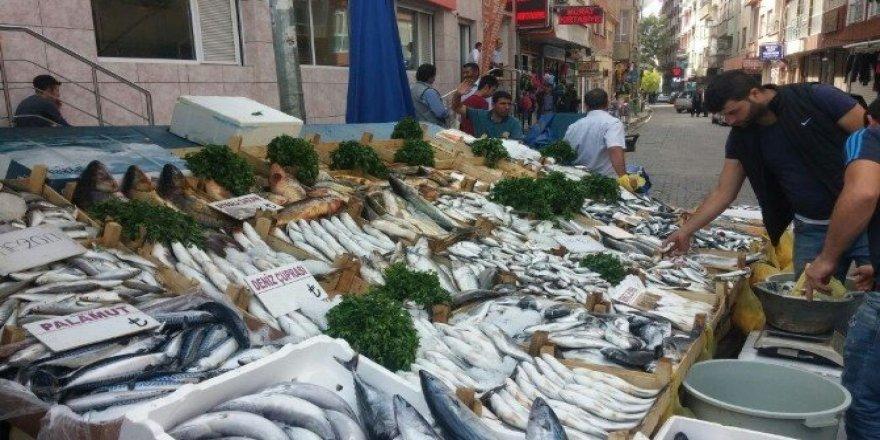 Kırmızı et fiyatları artınca balık çeşitlerine rağbet