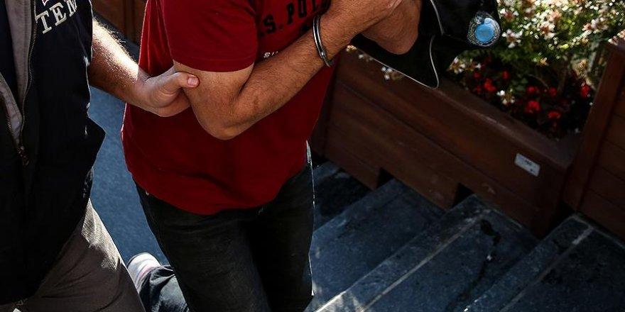Yunanistan'a kaçmaya çalışan doktorlar tutuklandı