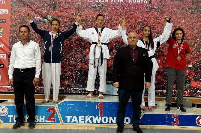 Göğebakan dünya şampiyonasında dövüşecek