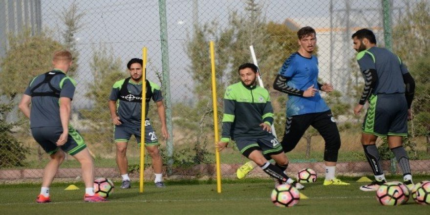 Konyaspor'da Medipol Başakşehir maçı hazırlıkları başladı
