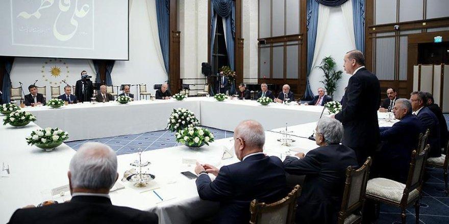 Cumhurbaşkanı Erdoğan'dan 10 Muharrem İftarı