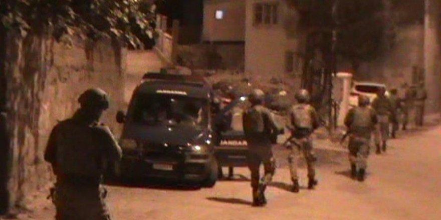 Şemdinli Korucu Derneği Başkanı Şen'in evine saldırı