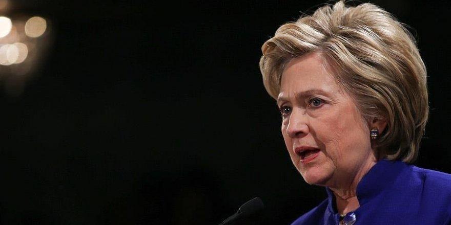 Hillary Clinton YGP konusunda geri adım attı