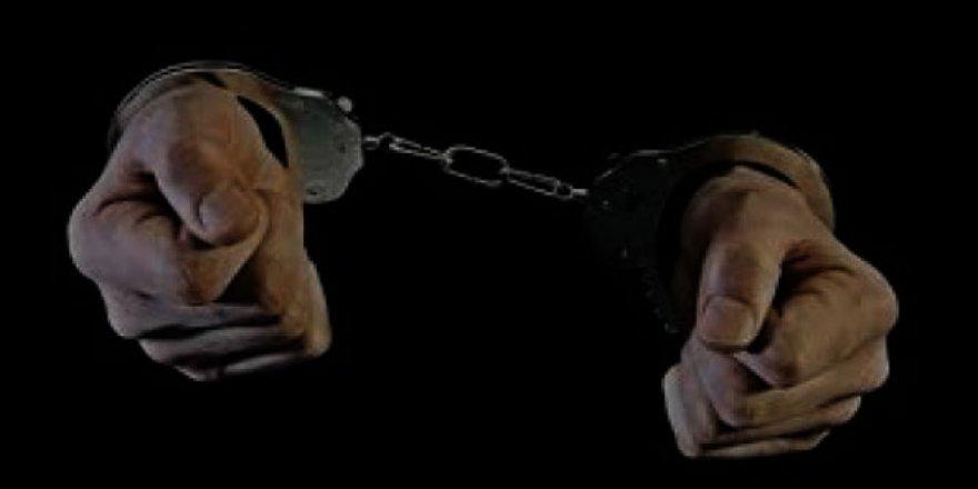 Ankara'daki FETÖ soruşturmasında 2 eski asker tutuklandı
