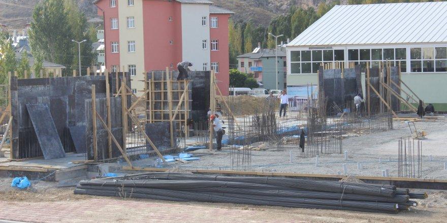 Bozkır Gençlik Merkezi yapımı devam ediyor