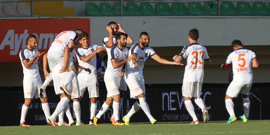 Konyaspor'un rakibi Başakşehir sezona iyi başladı
