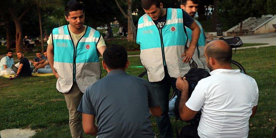 İstanbul'da 'Mobil Park Polisi' 5 bin aranan şahsı yakaladı