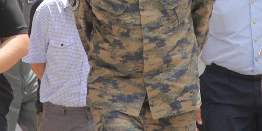 İl Jandarma İstihbarat Komutanına FETÖ gözaltısı