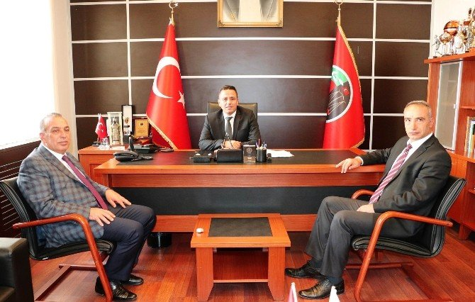 Karamercan'dan Baro Başkanı Aladağ'a ziyaret