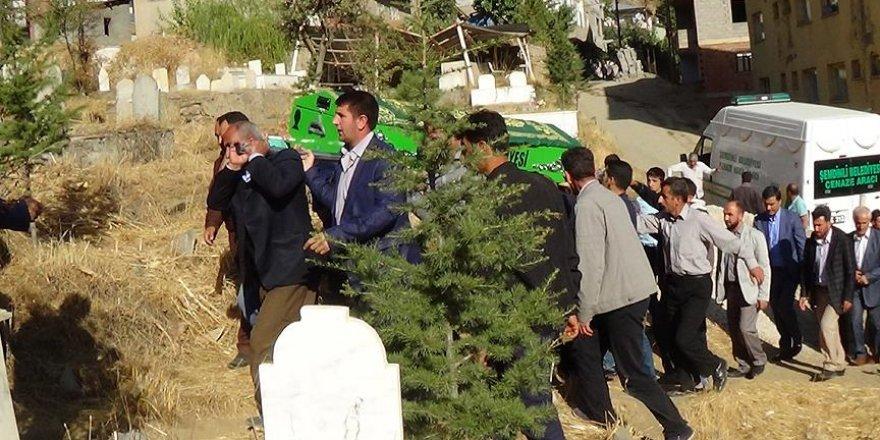 Şemdinli'deki saldırıda hayatını kaybeden Sönmez toprağa verildi